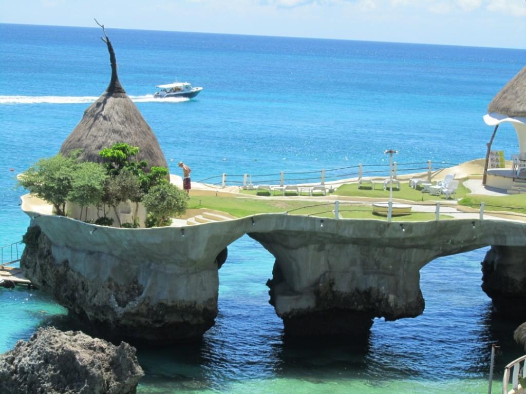 Best_Exotic_Beach_Resorts_Boracay_Phillipines_4